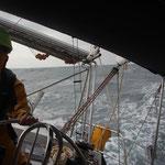 Wir trotzen Wind und Welle auf dem Weg nach Kap Verde