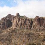 Karge Felslandschaft oben in den Bergen