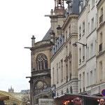 Rue Montmartre market with Saint Eustache