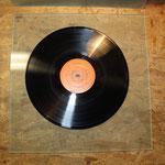 Schallplatte auf der Glassscheibe