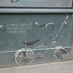 überall coole Grafittis auch in Belfast