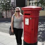 rote Briefkästen. Very british!