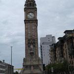 Albert Clock Tower, ist ähnlich schief wie der Turm in Pisa