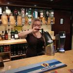 Harte Arbeit im Pub
