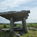 Ein ehemaliges Steingrab, das ca. 5800 Jahre alt ist!