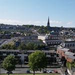 Ausblick von den Stadtmauern auf Derry