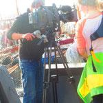 12.  NDR-Film-Crew am Museumshafen.