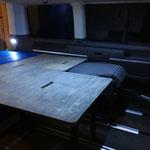 Multivan mit TRAVEL-SLEEP-BOX Basismodul 1000, Umbau für Einzelsitz-Nutzung