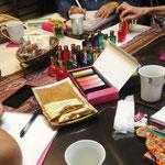 カラーセラピー色の意味を学ぶ「カラーセラピスト勉強会」
