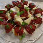 Mozzarella mit getrockneten Tomaten