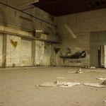 Solitude // papeterie abandonnée