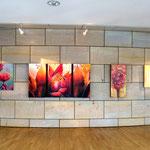 """""""natURGEWALT"""" (das zweite Werk von links) von Annette Palder"""