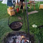 August 2019 Kiesen  ...eingeladen bei der Comthurey Alpinum, Dankeeee, es war sehr lecker...