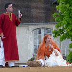 Dans le rôle du marié de Cana, Emmanuel Bernardeau et Sr Catherine (Montligeon) dans le rôle de la mariée !