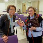A droite, Mme Favriel, résidente de Korian, qui avait désiré ardemment cette célébration