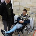 Victor, victime d'une chute malencontreuse à l'escalade. Il est baptisé à la veillée pascale prochaine