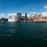Circular Quay is the main ferry terminal in Sydney and the most central point for visitors in Sydney © Stephan Stamm