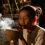 Old woman is smoking a corn cigar, Myanmar     © Stephan Stamm