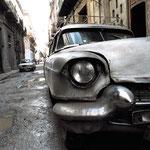 Klaus Fahlbusch war in Havanna, Kuba: »An der Ecke Avenida de Campanario – Lagunas trafen wir Victor Cerval, der uns mit seinem Caddie – Baujahr 1958! – zu einer Spritztour nach Mariel einlud.«