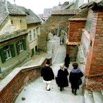 Hans Windeck war in Sibiu (Hermannstadt), Rumänien. »In den Gassen der Altstadt fühlt man sich plötzlich ins 19.Jahrhundert versetzt. Und das nicht nur wegen der pittoresken Häuser.«