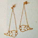 cloud-shaped gold-plated silver earrings 雲形ピアス:金コーティングシルバー