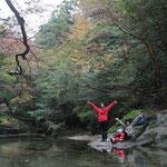 黒味岳ツアー、淀川の清流で朝ごはん。