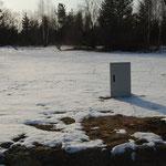 25.03.2013 - erste Baumaße - Stromsäule steht