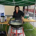 Auch im Freien wird feines Risotto gekocht