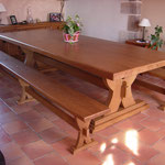 Table et bancs monastère