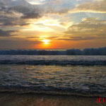 Sonnenuntergang Muaya Beach
