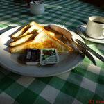 Frühstück in Segara Bukit
