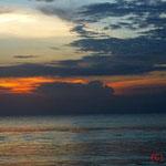 Sonnenuntergang Muaya Beach, Bali