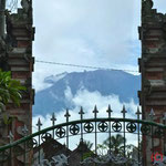 Blick auf Gunung Agung (Vulkan und größter Berg der Insel)