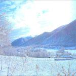 Vallée du Bager dans les Pyrénées au pied des montagnes