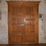 Historisches Weberzunfthaus / Stadt Wangen 2-flg. Zunftsaaltür in Eiche massiv geräuchert
