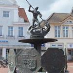 St. Georg Brunnen (St. Georg ist Heides Wappenfigur)