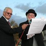 Walter Volkers und der Marktmeister Heinz Schulz