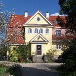Frederick Bleich GmbH, Fassade im Grün