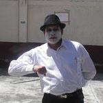 El Cabalista Agustin disfrazado de el mimo