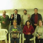 Grupo de Cabalistas parte del Grupo de Portal de Luna, Roberto, el Jajám, Carlos, y Luis, sentadas, Tere, Gaby y Ana.