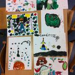 Acrylmalereien von Monstern, Fabelwesen und Co. von Grundschülern, kurz vor Halloween in den Herbstferien 2017