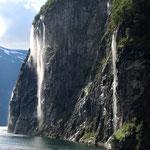 Norwegen, Gairangerfjord, die sieben Schwestern