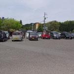 駐車場、満車です。