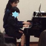 年長男の子 ピアノ講師と初めての連弾 市川市ノア音楽教室