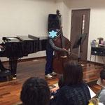 小学生のコントラバス 市川市ノア音楽教室