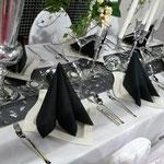 Tischdeko schwarz-weiss