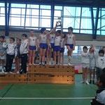 Podium équipe Jeunes Poussins: 1er Jeanne d'Arc de Dax, 2ème UG St Paul lès Dax,3ème Croisé de Bayonne