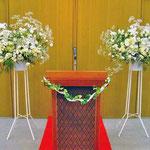 ¥10000x2  127×179x32 教会内スタンド花