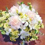 ¥2000 受付 21×9x21 葬儀会場受付テーブル花