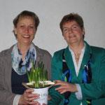 Gratulation durch die Vorsitzende Hilde Wohlenberg